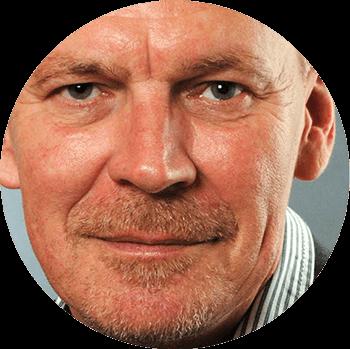 Roland Scheil, graphiste et spécialiste des ambigrammes
