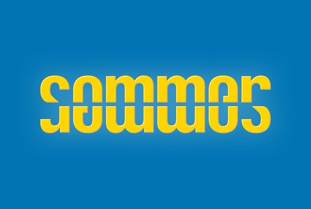 Ambigramm von Sommer, gestaltet von Roland Scheil, Grafiker, gelbes Logo auf himmelblauem Hintergrund
