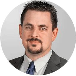 Rechtsanwalt Michael Rohrlich klärt auf, was es beim Teilen von Inhalten in sozialen Netzwerken zu beachten gilt