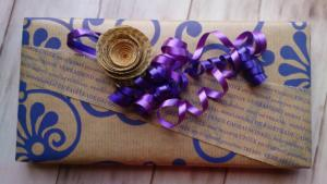 Geschenkpapier-kreativ-einsetzen