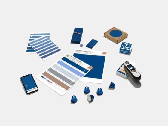 Classic Blue Verpackungen